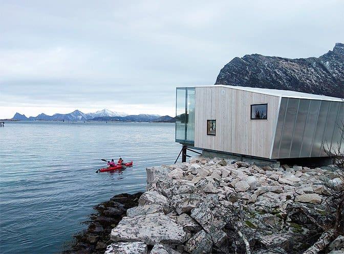 modern_vacation_rentals_island_of_manshausen_norway_007