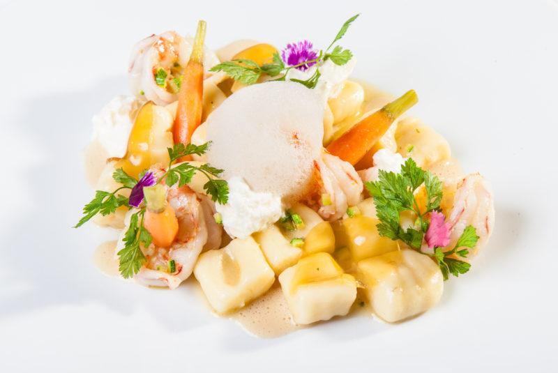 Michelinský šéfkuchař Fabio Cervio a jeho gnocchi s královskými krevetami