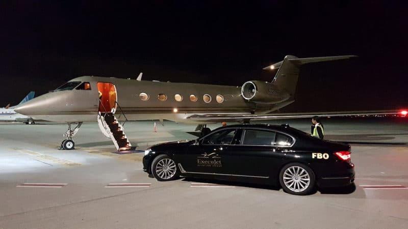 V Dubaji pro nás přijela k letadlu limuzína