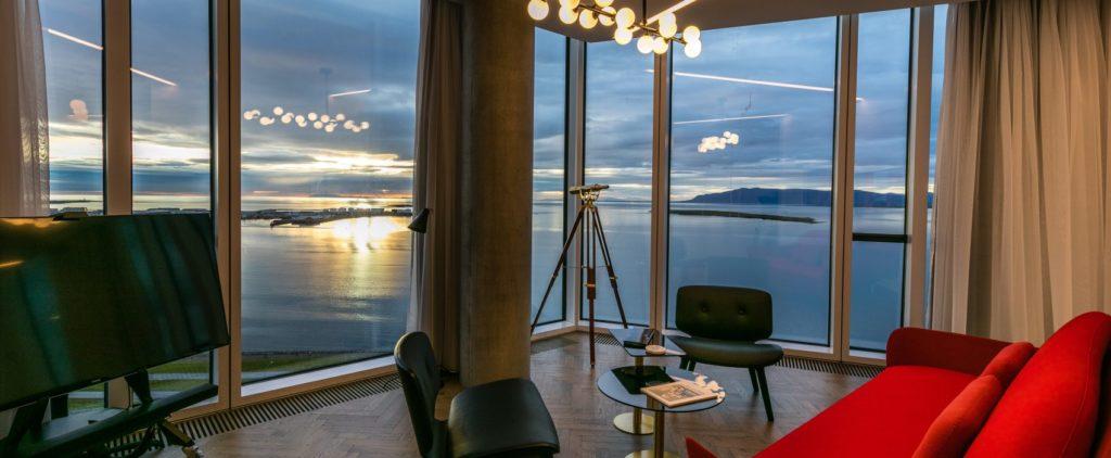 Tower Suits: špičkové bydlení nad celým Reykjavíkem