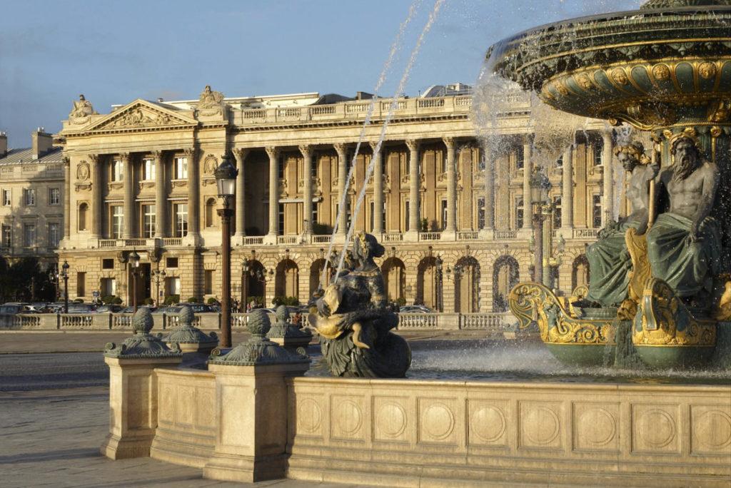 Hôtel de Crillon, Paříž: královská historie se potkává s přepychovou současností