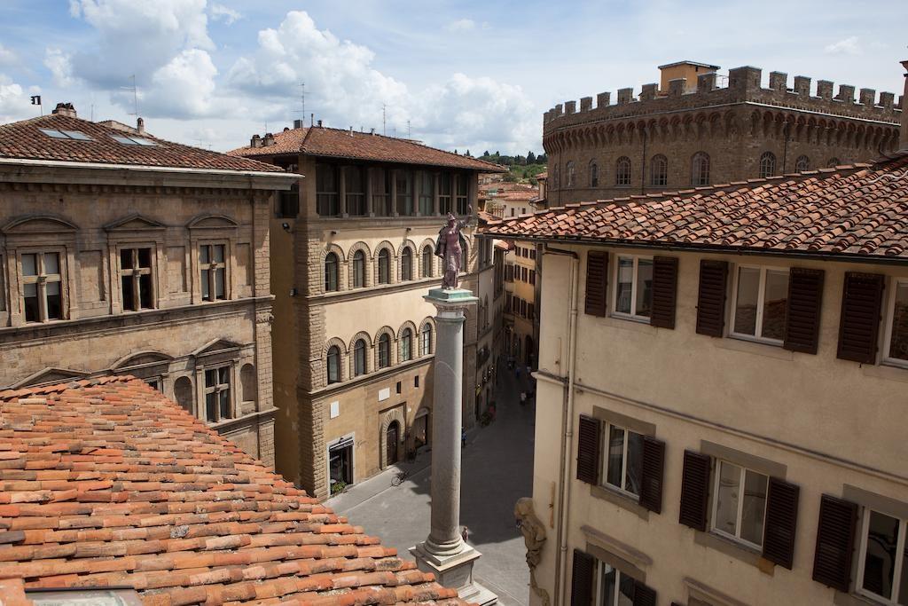 Tornabuoni Beacci, Florencie: výhled z hotelu