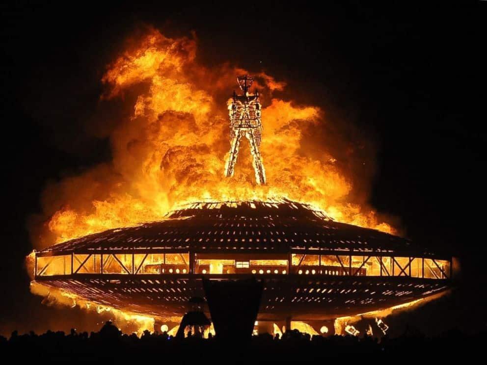 Nevadská poušť, festival hořícího muže