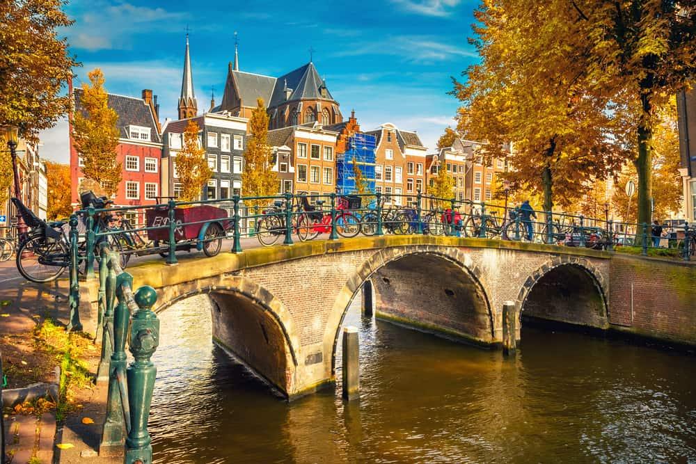 Šesté nejbezpečnější město světa podle časopisu The Economist