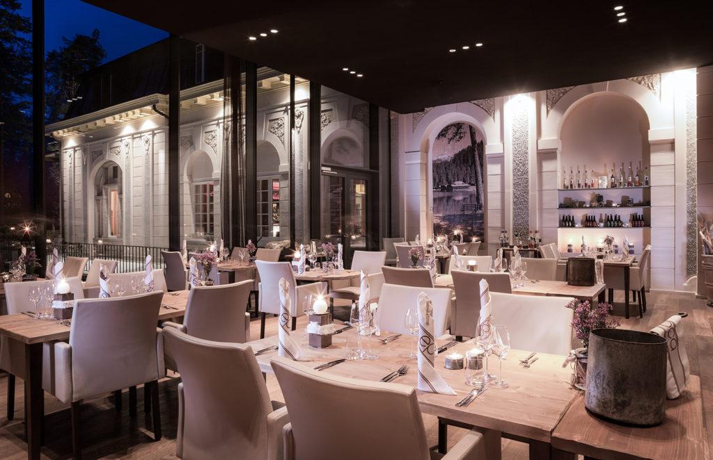 Waldhaus Flims, Švýcarsko: restaurace v novém