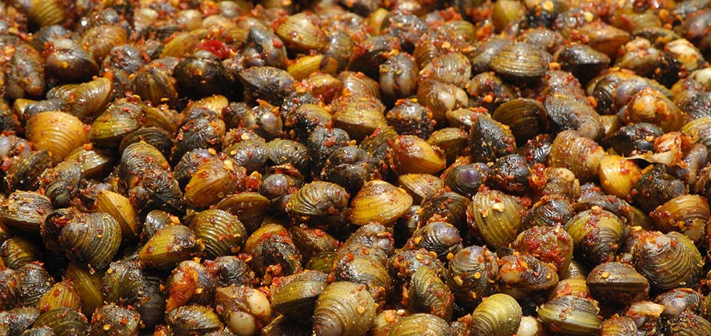 ŘÍční mušle v chilli - kambodžský popcorn