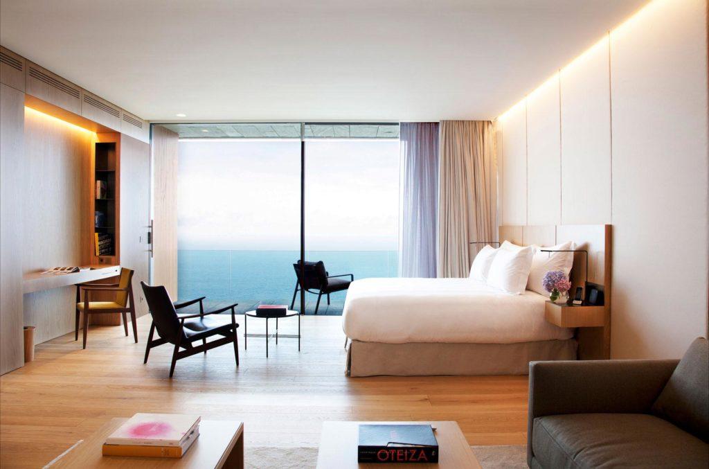 Akelare, San Sebastian: jednoduchá elegance a výhledy