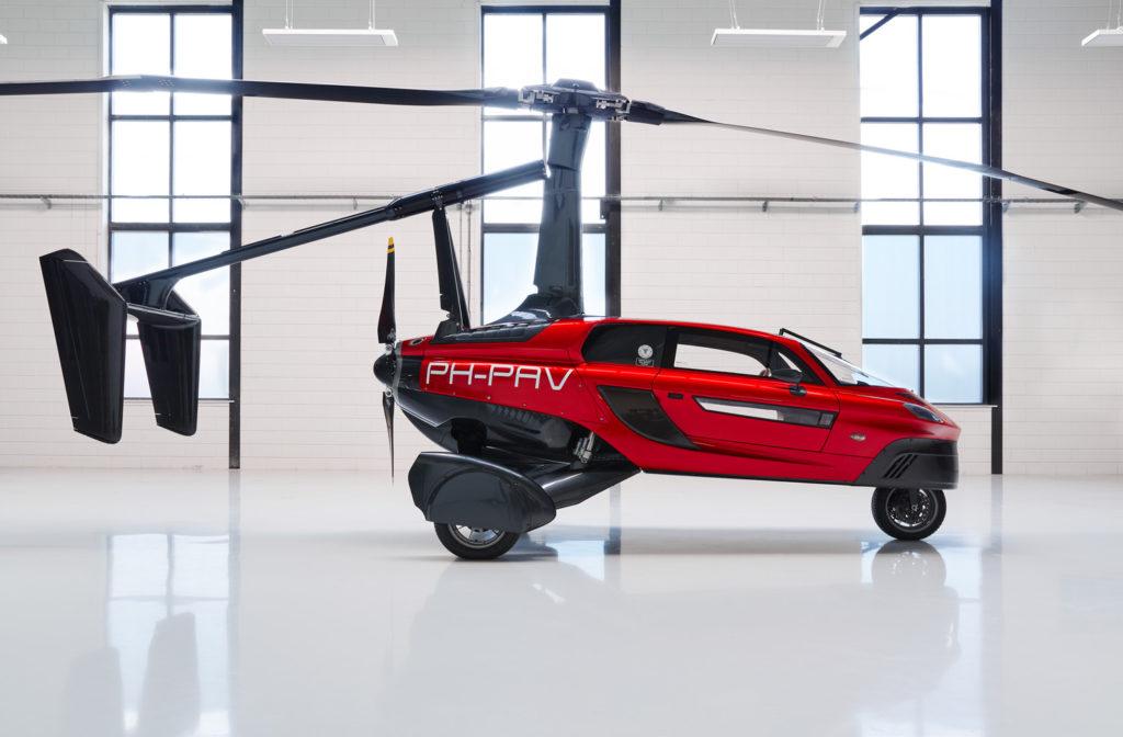 Rozložit vrtuli a připravit k letu trvá asi deset minut