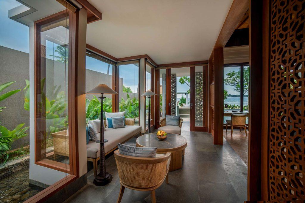Legian Sire Lombok, Indonesie: obývák plážové vily