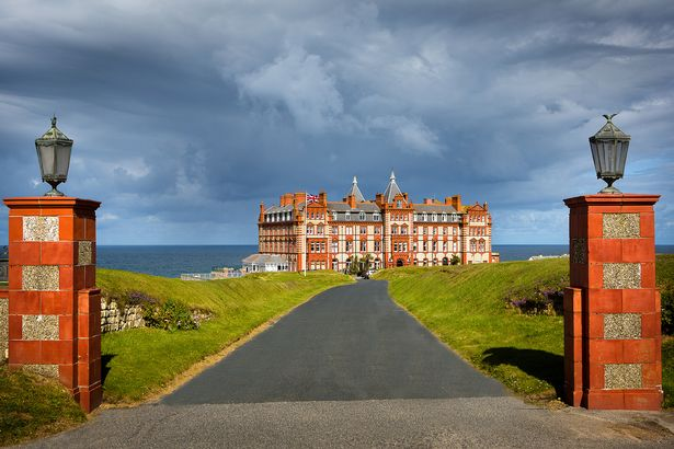 The Headland, ideální hotel pro zimní pozorování atlantských bouří